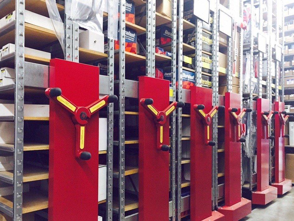 Rangement mobile Rack n Roll de Montel disponible chez Raysource