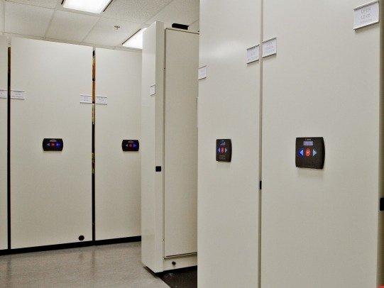 Rangement mobile Safe Aisle de Montel disponible chez Raysource